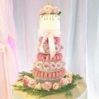 MAC TOWER AND ROSES CAKE